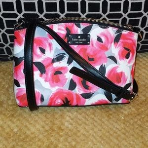 Never carried. Perfect condition Kate Spade